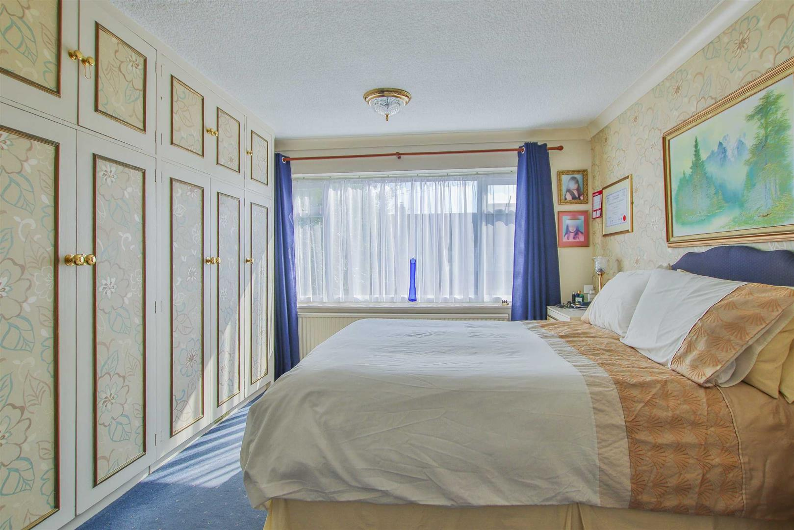 4 Bedroom Detached House For Sale - Image 13